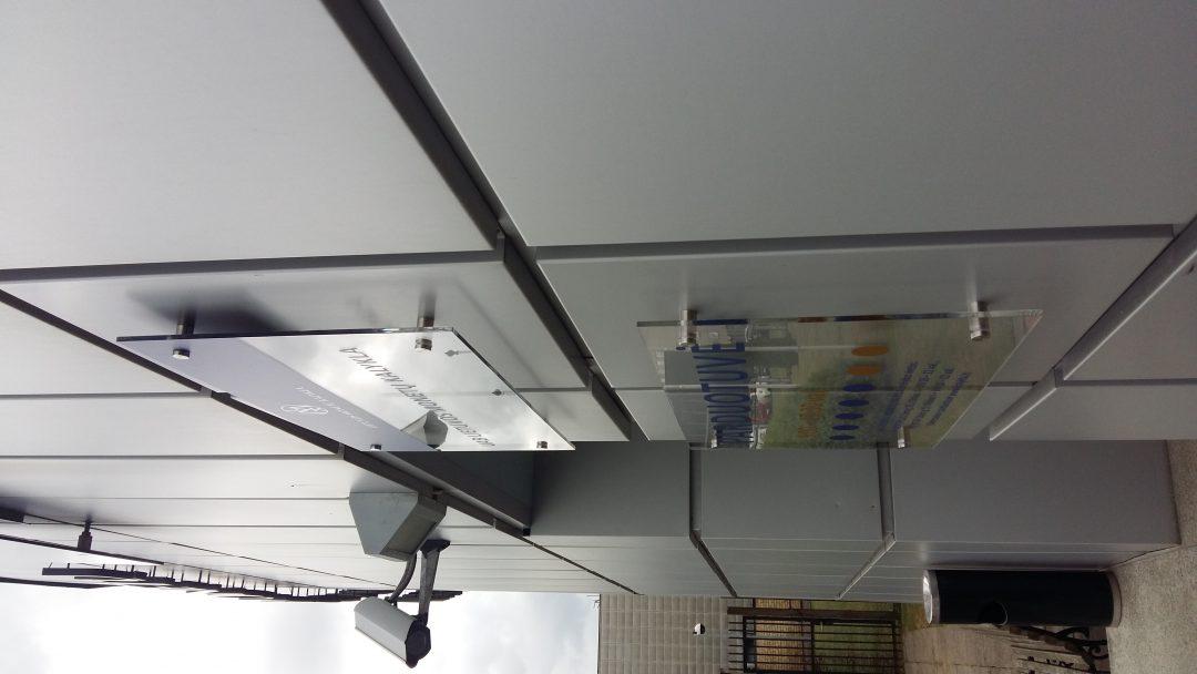 stiklines imoniu lentos gamyba