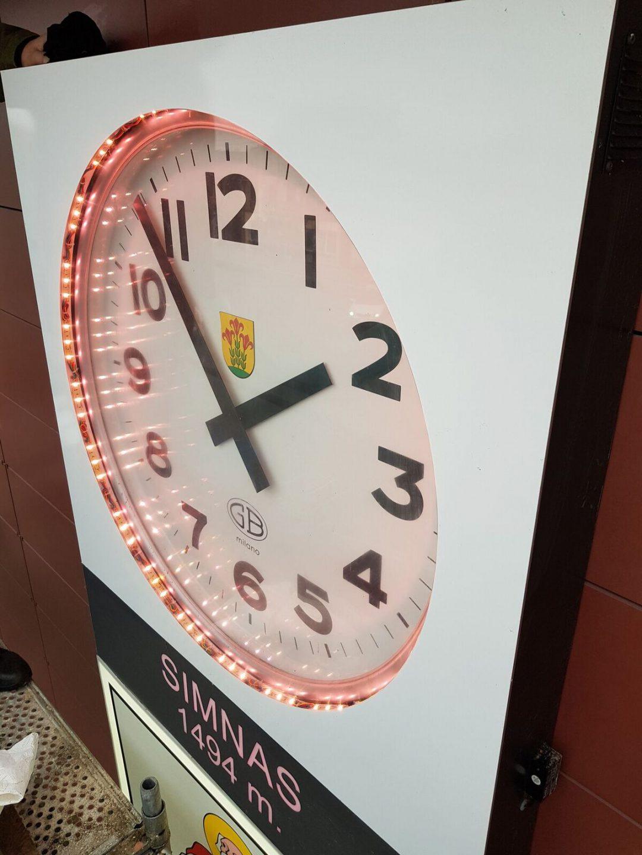 miesto laikrodziai